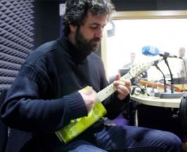 Diego Galaz: paseos, canciones e instrumentos insólitos