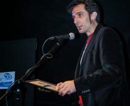 Premio para Carne Cruda de la Asociación de Radio Online