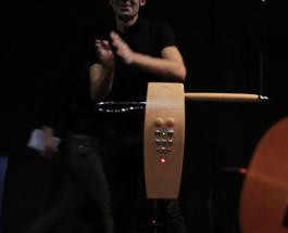 Theremin, el instrumento que se toca sin tocarse